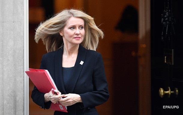 У Британії через Brexit пішла у відставку третій за день міністр