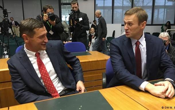 ЄСПЛ визнав арешти Навального політично мотивованими