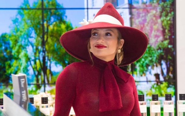 Дженнифер Лопес заработала $2 млн за 20 минут