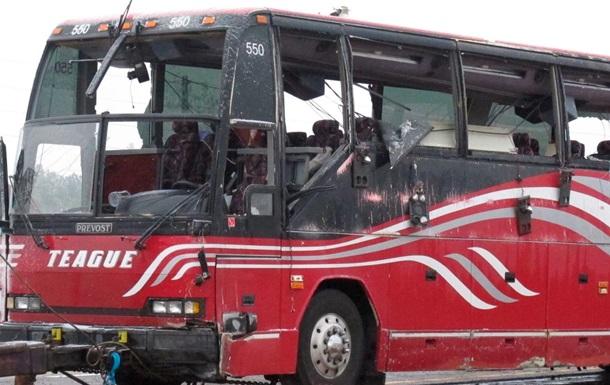 У США перекинувся автобус: є жертви, більше 40 постраждалих
