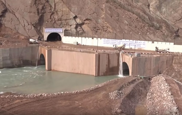 У Таджикистані запускають найвищу ГЕС у світі