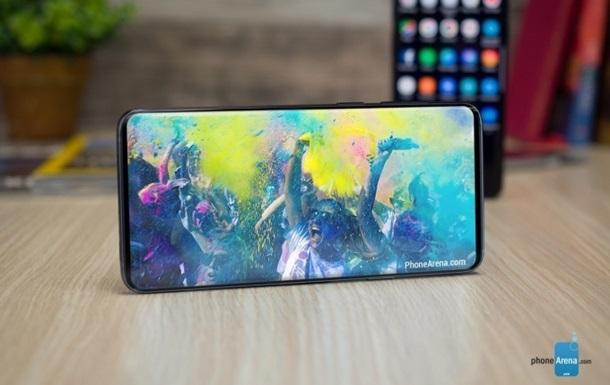 Samsung Galaxy S10 получит  исчезающую  камеру - СМИ