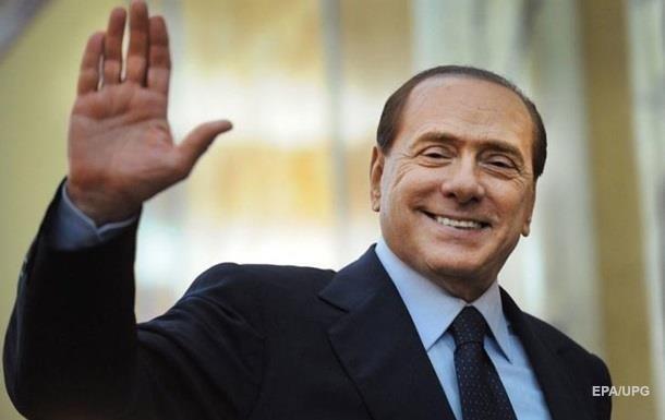 Берлускони предстанет перед судом по делу о проституции