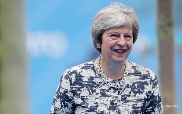 Стакан виски : Мэй рассказала, как пережила переговоры по Brexit