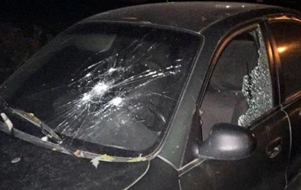 Во Львове пьяный мужчина стрелял по автомобилям