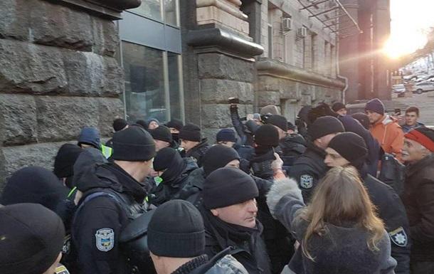 В Киеве задержали помощника Савченко