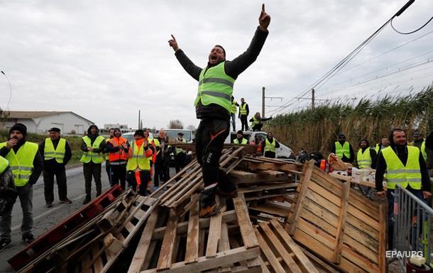Протесты во Франции: число пострадавших выросло до 500