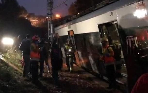 В Испании поезд сошел с рельсов, есть жертвы