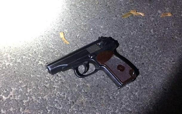 На столичной Оболони произошла стрельба, есть пострадавший
