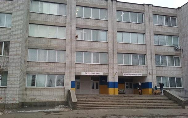 В Киевской области в двух школах распылили слезоточивый газ