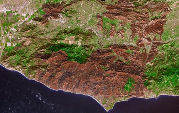 Слід найпотужнішої пожежі в Каліфорнії зняли з космосу