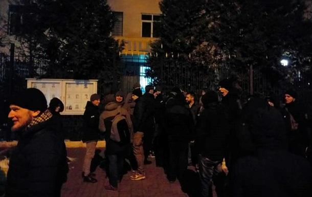 Столкновения в Киеве: задержанных отпустили