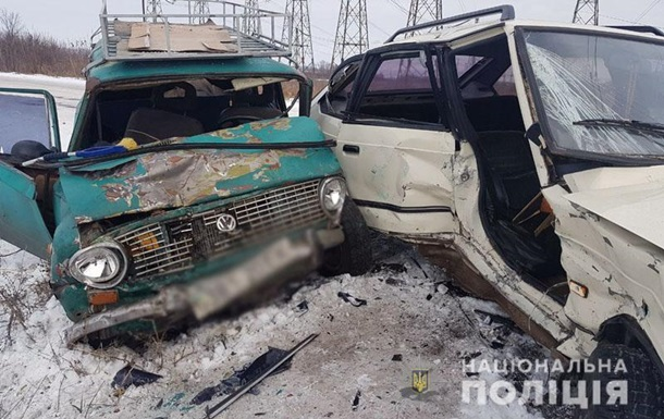 Під Бахмутом в ДТП постраждали шестеро людей