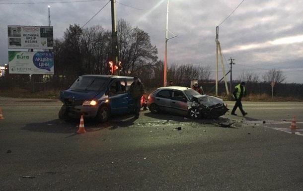 У Харкові внаслідок зіткнення двох автомобілів загинула жінка