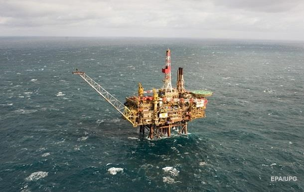 Нефть просела еще на доллар за несколько часов