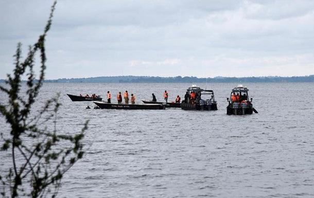 В Уганді на озері Вікторія затонуло судно: щонайменше 30 загиблих