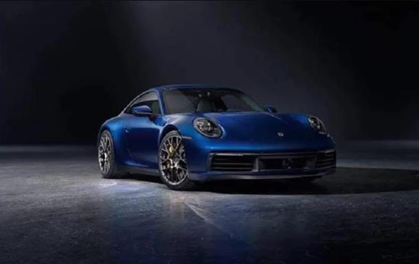 Новий Porsche 911 показали на офіційних фото