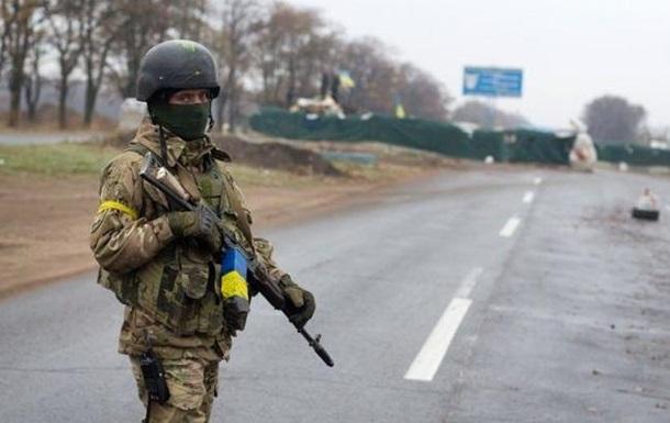Доба на Донбасі: 18 обстрілів, двоє поранених
