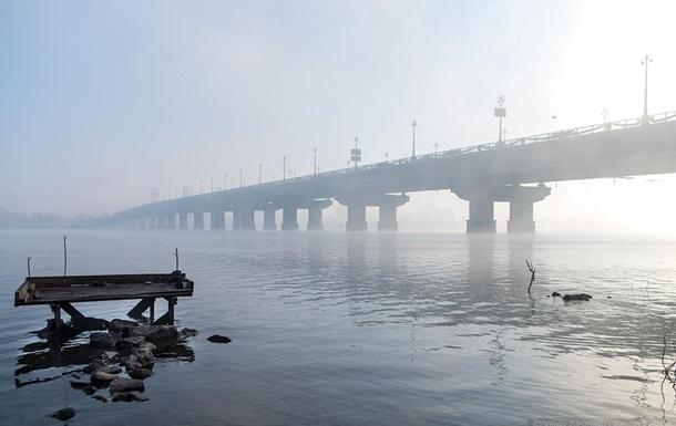 В Киеве на месяц ограничат движение по мосту Патона