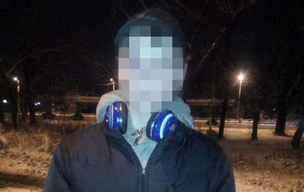 В Харькове подростки ограбили киоск