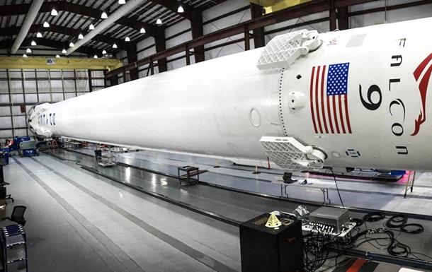 SpaceX перенесла запуск ракети з 64 супутниками