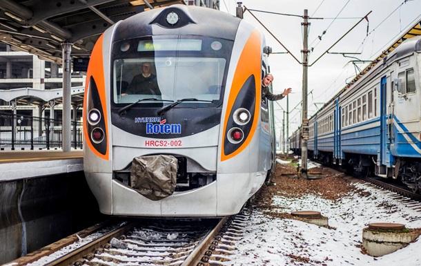 Поезд Киев-Запорожье в декабре и январе будет курсировать ежедневно