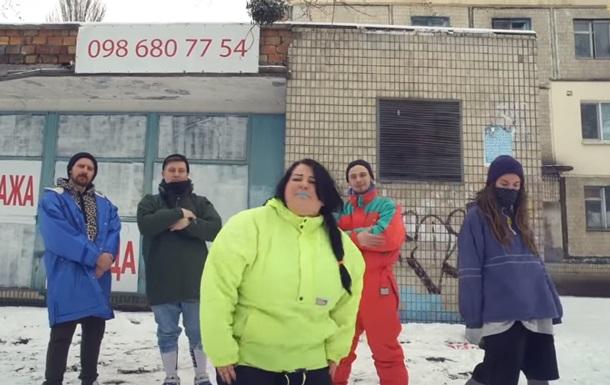 Рэп от сельской воспитательницы: вышел новый клип