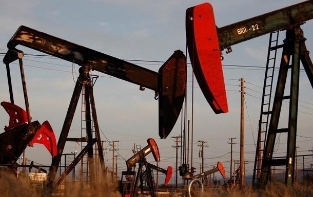 Ціна на нафту Brent рекордно впала за десять років