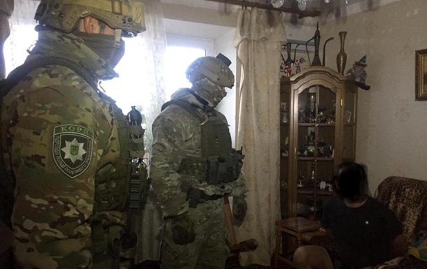 В Киеве задержали грабителя, который взял в заложники свою мать