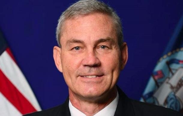 Командующий Пятым флотом США обнаружен мертвым