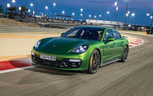 Тест-драйв Porsche Panamera GTS на треку Бахрейну