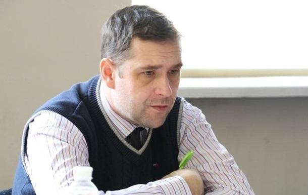 Порошенко звільнив свого представника у Криму