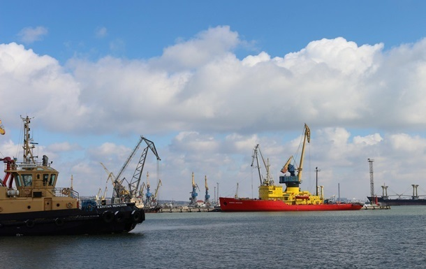 РФ частично разблокировала порты Украины на Азове