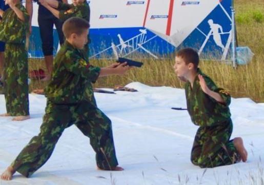 Милитаризация и привлечение к войне детей Донбасса