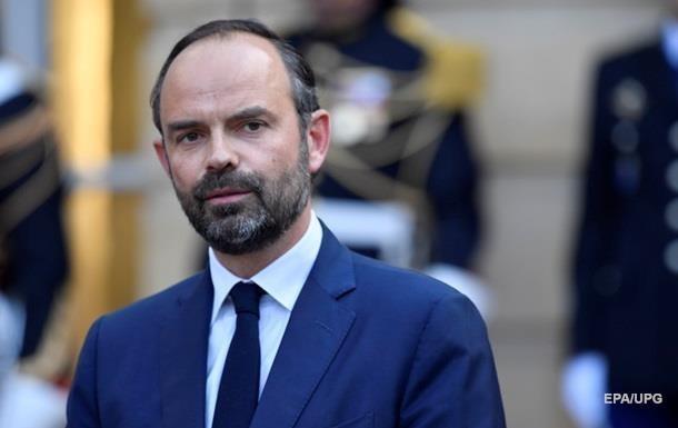 Во Франции отложили повышение налогов на топливо