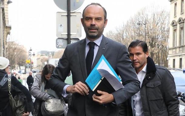 Уряд Франції відклав підвищення акцизів на пальне