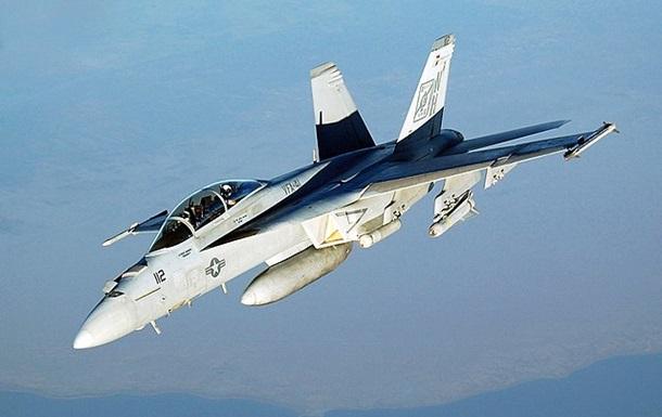 Два літаки США зіткнулися біля узбережжя Японії