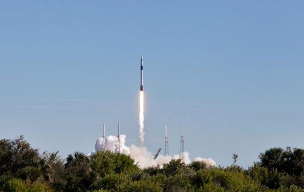 Видеотрансляция: SpaceX запускает вкосмос «Дракона» снаучным грузом