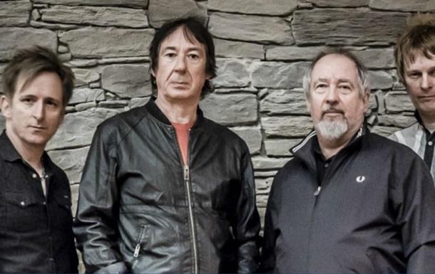 Помер фронтмен панк-рок-групи Buzzcocks Піт Шеллі