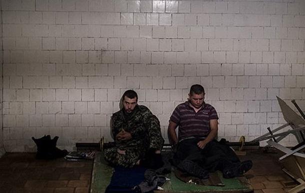 Сотни россиян на донецкий кукан: что делают с опальными москалями на Донбассе