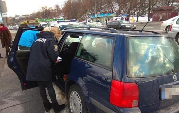 В Киеве задержали иностранцев, которые грабили авто
