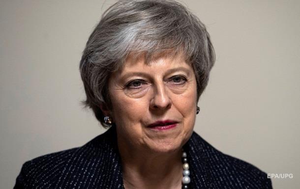 Мей закликали піти у відставку через Brexit - ЗМІ