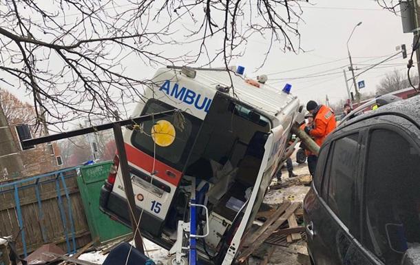 В Житомире скорая попала в ДТП: семь пострадавших