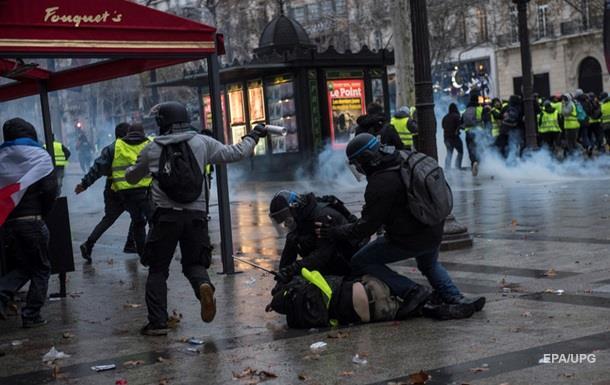 Число затриманих у Парижі досягло півтори тисячі