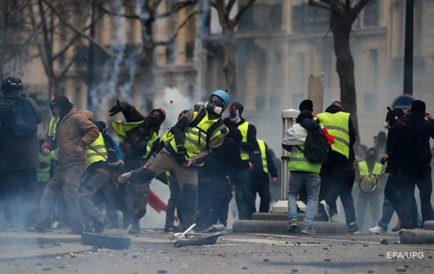 Протесты во Франции: задержаны более 1700 человек