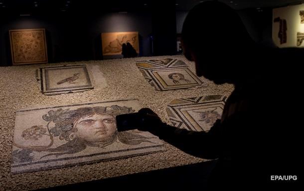 США вернули Турции украденные фрагменты древней мозаики