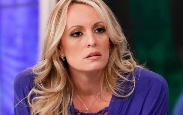 Порноактрису зобов язали виплатити Трампу частину витрат на адвокатів