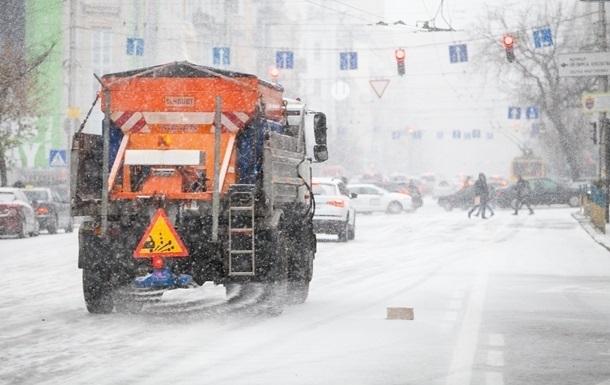 Водителей предупредили об осложнениях на дорогах в семи областях