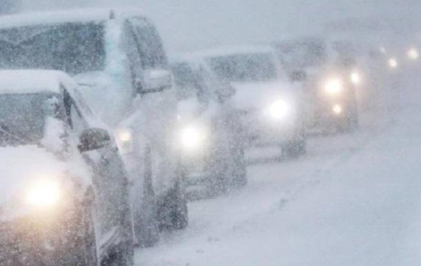 У Київській області через снігопад вже сталося 30 ДТП