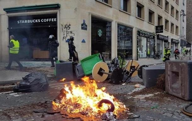 Выросло число жертв протестов во Франции